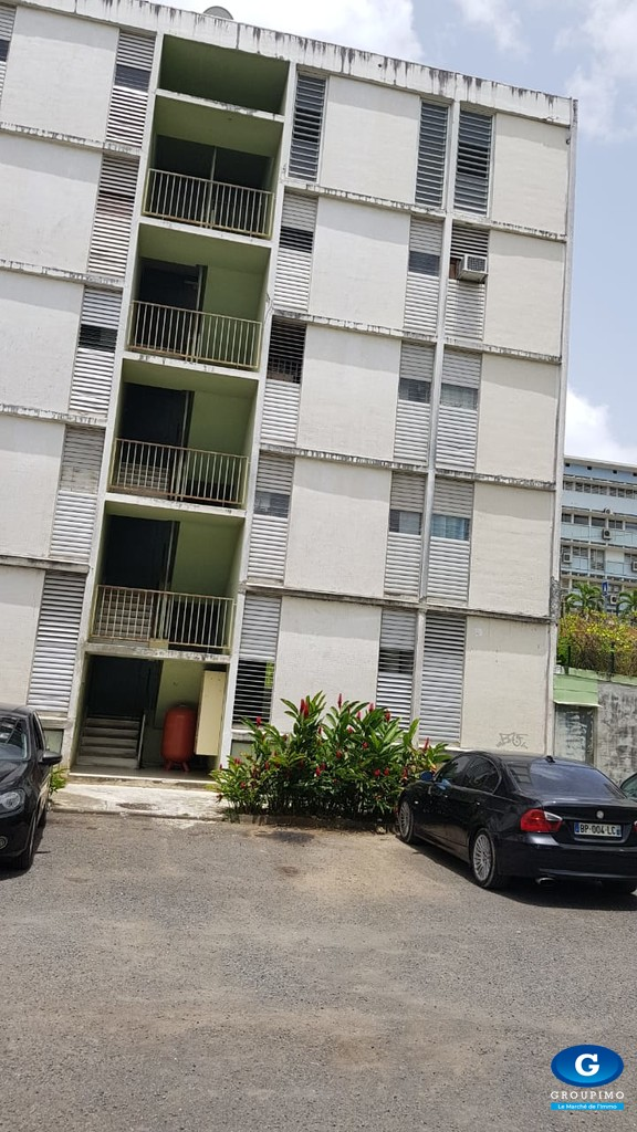 APPARTEMENT TYPE 2 RESIDENCE DU LYCEE BAIMBRIDGE LES ABYMES