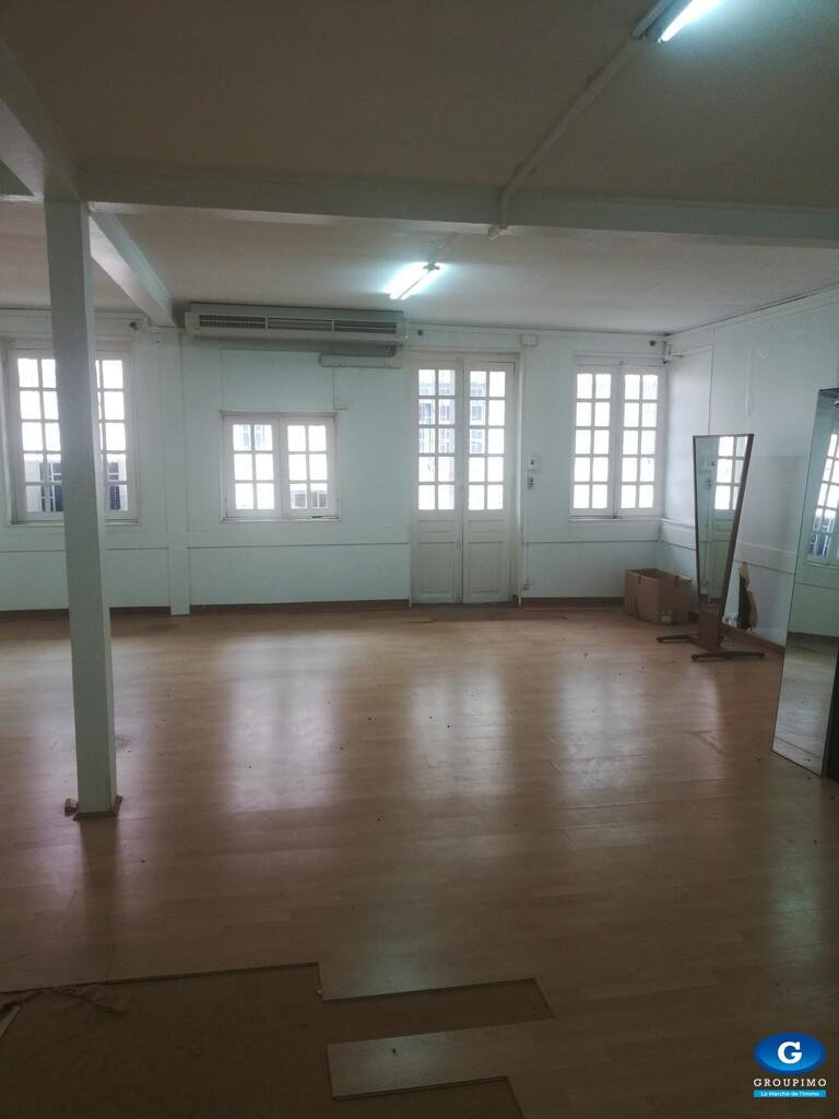 Local Commercial - Centre Ville - Fort de France- 240 m²