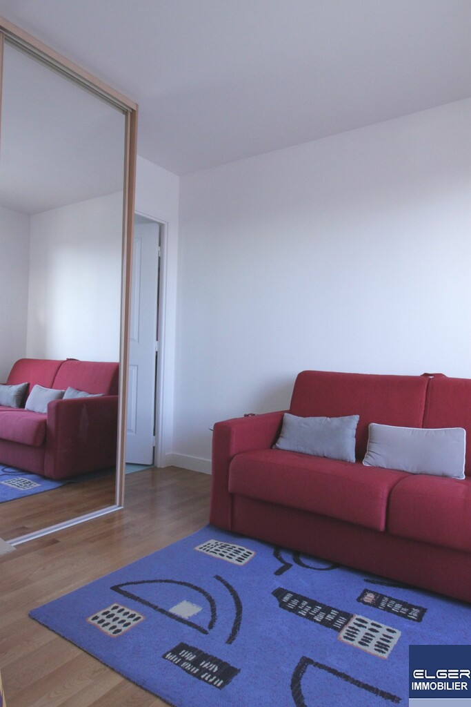 3 FURNISHED ROOMS bd Saint-Denis COURBEVOIE - SNCF BECON LES BRUYERES