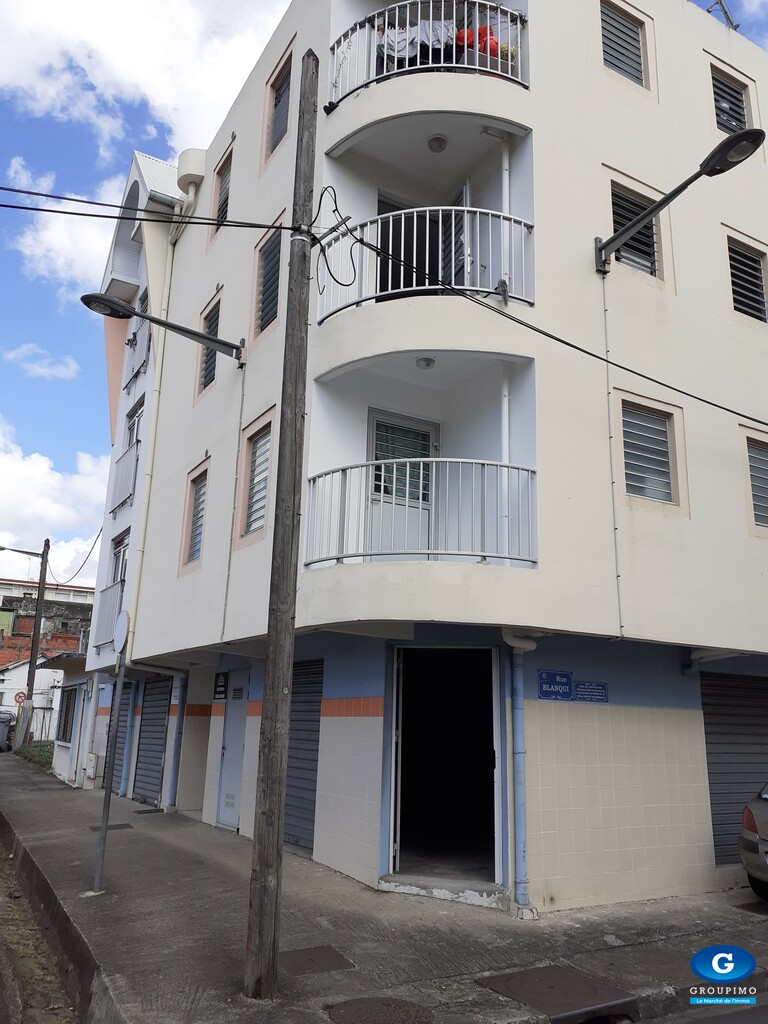 Local commercial centre ville FORT DE FRANCE 38 m2