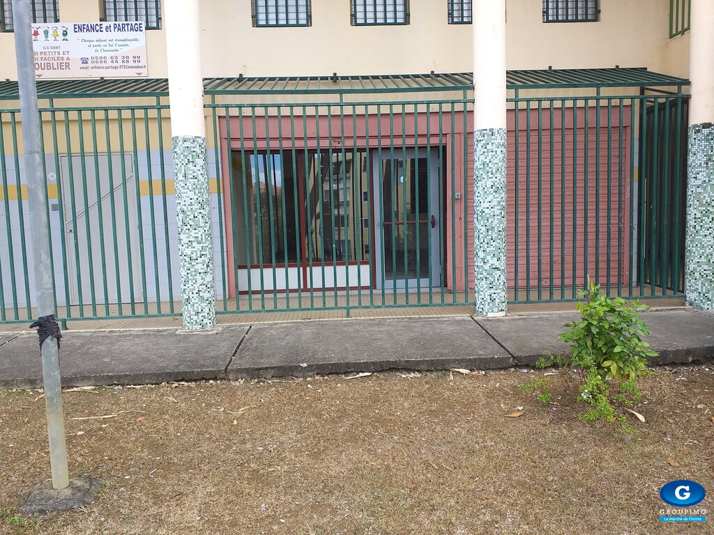 Local commercial centre ville FORT DE FRANCE 55 m²