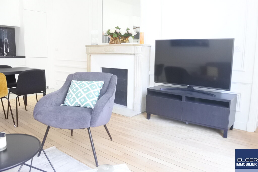 FURNISHED 3-ROOM APARTMENT PARMENTIER NEUILLY METRO LOUISE MICHEL