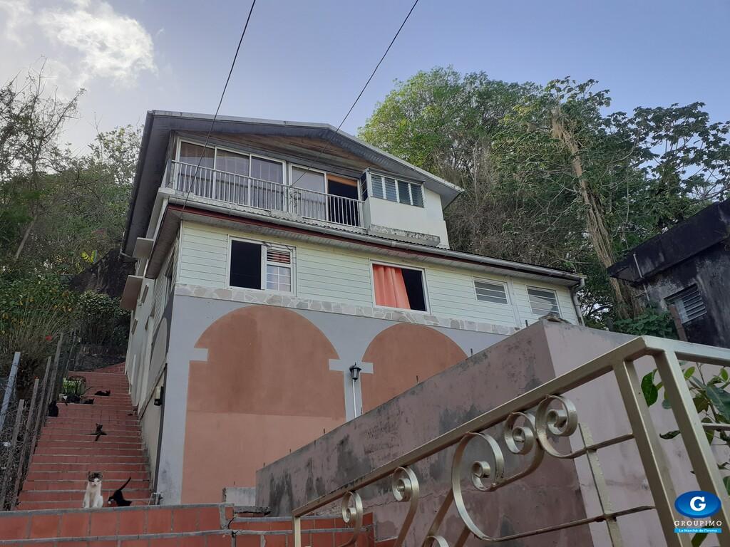 Maison Balata avec rapport locatif