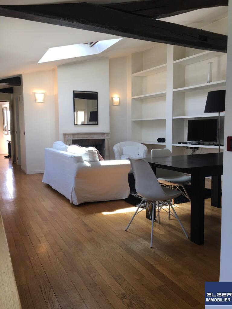 2 FURNISHED ROOMS rue Béranger METRO F. DU CALVAIRE / OBERKAMPF / TEMPLE