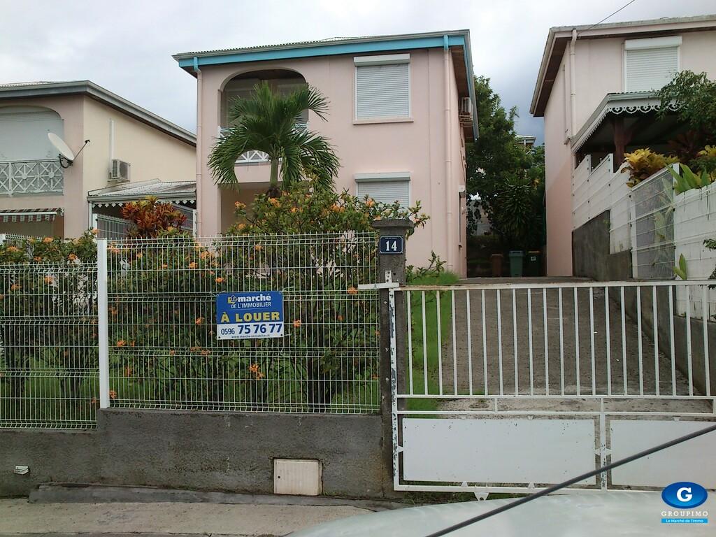Maison - Quartier La DIROZO - Le Robert - 4 Pièces