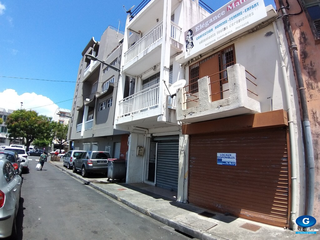 Local Commercial - Fort de France - 77 m²