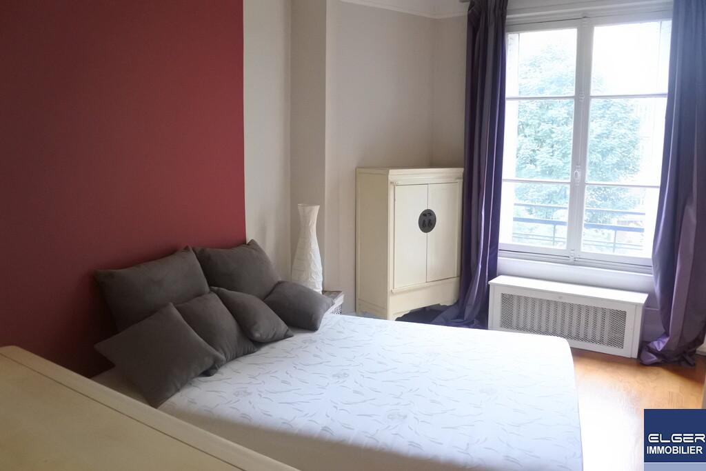 TWO FURNISHED ROOMS rue du Dobropol METRO PORTE MAILLOT