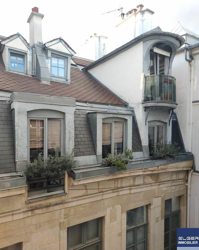 2 PIECES MEUBLEES rue du Bac métro RUE DU BAC