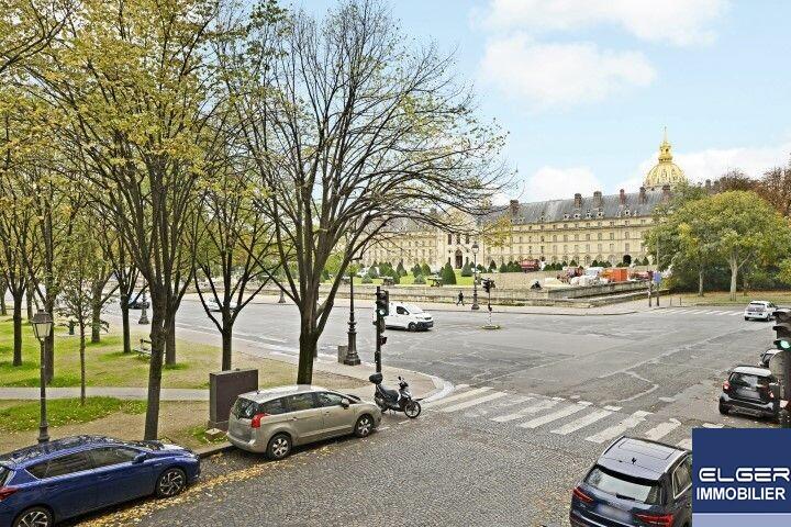 RARE 4 ROOMS OF EXCEPTION rue Fabert Metro LA TOUR MAUBOURG