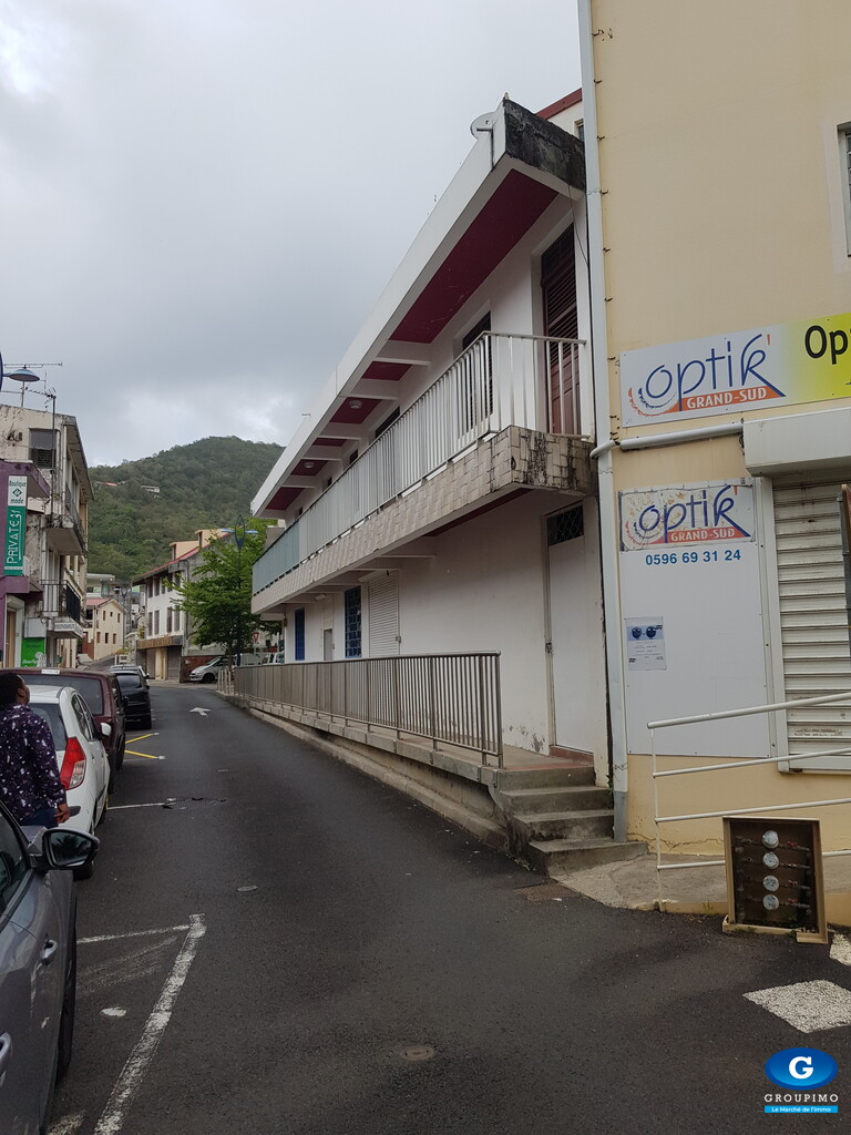 Immeuble de rapport sis Rue Delgrès et Ignace Rivière Pilote