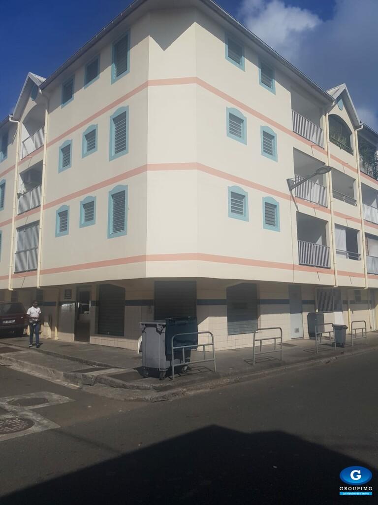 Local commercial centre ville FORT DE FRANCE 39 m2