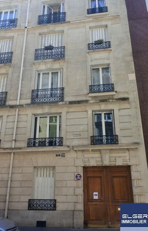 TROIS PIECES MEUBLEES rue François Bonvin Métro SEGUR ou SEVRES LECOURBE