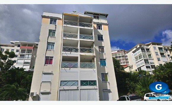 Appartement sis Résidence les Opalines Rue Dorsale FDF 3 pièces